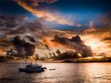 海上行驶的船