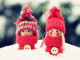 雪地上的娃娃