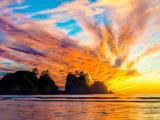 夕阳下的山水