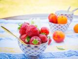 碗里的美味草莓