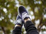 青春里的帆布鞋