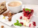 奶油树莓蛋糕