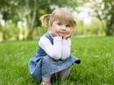 单纯可爱的小女孩