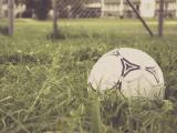 被遗弃了的足球