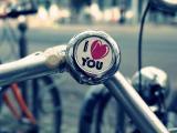 爱情里的甜言蜜语