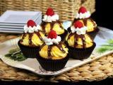 树莓黄色奶油蛋糕