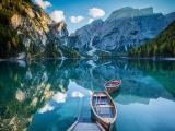 湖上的小船